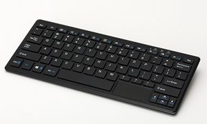 原点回帰?往年の8ビットパソコンを彷彿させるキーボードパソコン