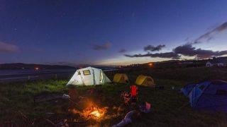 テント泊の眠りを快適にするインフレータブルエアマット