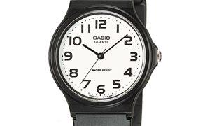 白いチプカシ、ファッションアイテムとして人気の腕時計