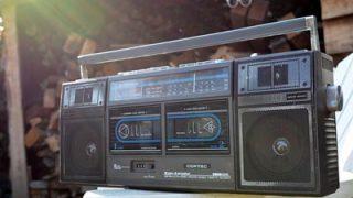 【カセットデッキ】今でも買える昭和の音楽再生機