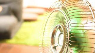 暑い日のお出かけには「携帯扇風機」で汗かき対策を